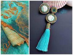 Guarda questo articolo nel mio negozio Etsy https://www.etsy.com/it/listing/590569363/asimmetrical-earrings-swarovski-beadwork