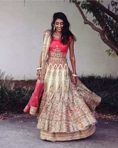 Beauty Around The World, Brown Girl, Indian Models, Indian Girls, Indian Fashion, Desi, Bollywood, Bohemian, Saree