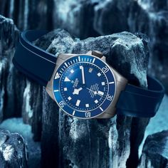 The TUDOR Pelagos in matt blue, echoes the traditional colours of the 1960's Tudor diver's watches. #tudorwatch #pelagos #diving #adventure #watch #watchesofinstagram #watchoftheday Visit www.cdpeacock.com for more!!