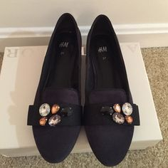 H&M loafers shoes Navy colored suede loafers from HM. Worn a few times, gently used. Good quality HM shoes and quite comfortable. Size 7. No box included. H&M Shoes Flats & Loafers