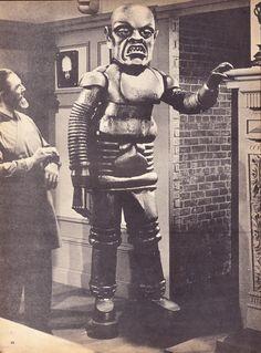 Bela Lugosi and creature, from The Phantom Creeps (1939)