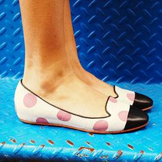 These Johnston & Murphy Pink Polka Dot Flats are the Perfect Mix of Masculine and Feminine, very French-Girl-on-the-Go, non?