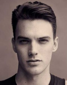 21.Short Hairstyle for Men