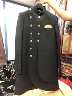 Sherwani Groom, Mens Sherwani, Indian Groom Wear, Indian Wear, Indian Wedding Outfits, Indian Outfits, Indian Men Fashion, Mens Fashion, Gents Kurta