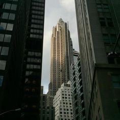 City Weather: Mostly cloudy 82°F I 28°C #nycinstantly