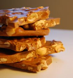 sweet and salty cashew toffee