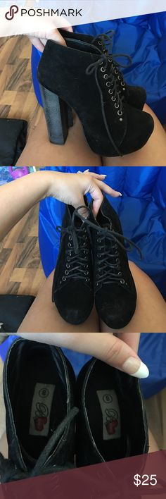 """Size 8 heel lace up bootie Great condition! Will be lint rolled and cleaned upon purchase I have three dogs and there hair sticks to the suede! Purchased in New Jersey very comfy shoe. Walked around the casino no issues. 5"""" heel 2"""" platform Shoes Ankle Boots & Booties"""