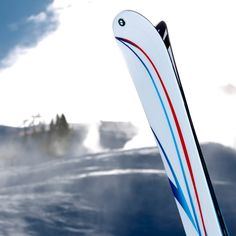 BMW M pairs up with Sports to create limited edition skis Ski Gear, Bmw S, Cool Stuff, Stuff To Buy, Skiing, K2, Fancy, Sports, Ski