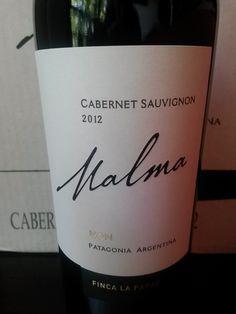 Malma Cabernet Sauvignon 2012 - Finca La Papay - Bodega NQN Vino tranquilo, que no destaca por sobre otros Cabernet. No tiene la potencia que a mí me gusta en esa variedad, pero el equilibrio es interesante.