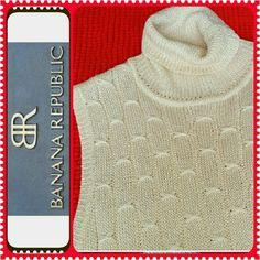 Banana Republic Sleeveless Top Turtle Neck Ladies Top, Cream to Off White color,  Rayon/Nylon Fabric Banana Republic Tops