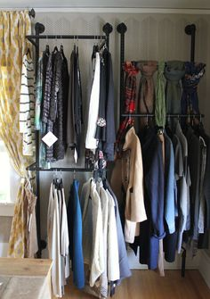 Bachmans Ideas House; pipe closet rods