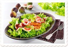 Helppo herkuttelusalaatti | Oksasen Puutarha Avocado Toast, Breakfast, Food, Morning Coffee, Eten, Meals, Morning Breakfast, Diet