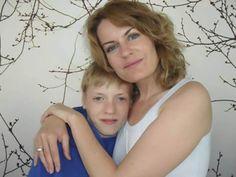 Ninka er en dansk mor som fokuserer på kosthold og autisme. Dreadlocks, Hair Styles, Beauty, Beleza, Dreads, Hairdos, Hairstyles, Box Braids, Haircut Styles