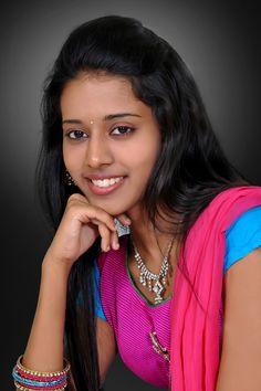 Beautiful Girl In India, Most Beautiful Faces, Beautiful Girl Image, Beautiful Saree, Beautiful Gorgeous, Beautiful Bollywood Actress, Beautiful Indian Actress, Beautiful Actresses, Beauty Full Girl