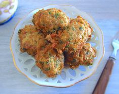 If you want to prepare a quick and simple recipe, you must try this tuna fritters recipe. Serve with tomato rice and lettuce salad. Pumpkin Fritters, Tomato Rice, Steamed Green Beans, Tuna Recipes, Recipies, Cooking Pumpkin, Star Food, Feta Salad, Keto