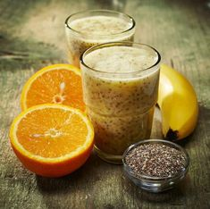 7 Smoothie Recipes to Lower Your Cholesterol : orange smoothie with chia seeds Diabetic Smoothies, Smoothie Recipes With Yogurt, Yogurt Smoothies, Apple Smoothies, Weight Loss Smoothies, Green Smoothies, Juice Recipes, Chia Seed Smoothie, Orange Smoothie