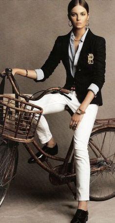 Bike Style Cicle Chic Ralph Lauren preppy look Estilo Tomboy, Estilo Preppy, Style Work, Mode Style, Prep Style, Mode Outfits, Casual Outfits, Preppy Dresses, Casual Shoes