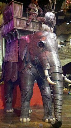 Armored Elephant http://book.e-reading-lib.org/chapter.php/1024121/32/Robinson_-_Dospehi_narodov_Vostoka._Istoriya_oboronitelnogo_vooruzheniya.html