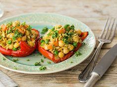 Gefüllte Paprika mit Curry-Reis