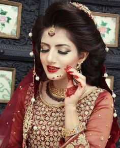 Pakistani Bridal Makeup, Bridal Mehndi Dresses, Pakistani Wedding Outfits, Bridal Outfits, Pakistani Dresses, Wedding Dresses, Pakistan Wedding, Bride Poses, Bridal Photoshoot