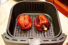 Use your Air Fryer to Roast Red Peppers indoors. It's super easy and only takes 22 minutes to fully roast the peppers. Use your Air Fryer to Roast Red Peppers indoors. It's super easy and only takes 22 minutes to fully roast the peppers. Air Fryer Recipes Appetizers, Air Fryer Oven Recipes, Red Pepper Recipes, Cooks Air Fryer, Air Fried Food, Roasted Red Peppers, Paleo Dinner, Quick Recipes, Clean Eating Snacks