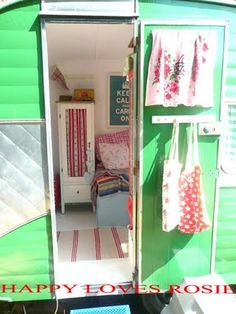 Vintage Decorated Campers | Would never think to use green for the camper but it fits so perfect!