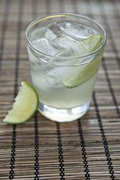 Homemade Ginger Ale: 3 cups fresh ginger root, 1 tablespoon lime peel, 6 cups water, 1 1/2 to 2 cups sugar or sucanat, club soda, lime wedges