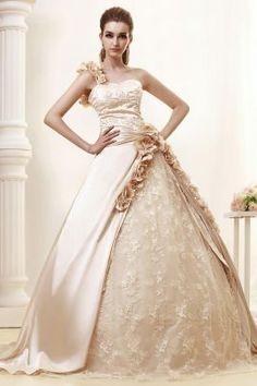 jana-vestidos-de-novia-color-champagne-confeccionado-en-satin-y-encaje.jpg (270×405)