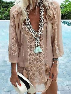 45 Boho Outfits To Copy Right Now - Global Outfit Experts Gypsy Style, Bohemian Style, My Style, Hippie Style, Mode Hippie, Hippie Boho, Bohemian Shirt, Bohemian Necklace, Tassel Necklace