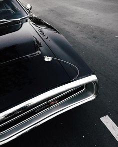 Vintage Cars : Illustration Description Dodge Charger '70 vintage muscle car. Via Mija #DodgeChargerclassiccars