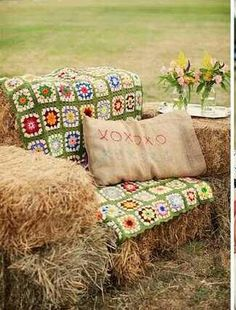 Photo booth hay bale seat!