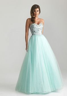 Ball Gown Tulle Sleeveless Natural Waist Sweetheart Prom Gown - Lunadress.co.uk