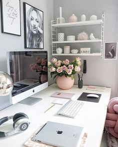 In need for some serious office space/desk decor inspiration. This cute set up is by Home Office Space, Home Office Desks, Office Workspace, Decoration Inspiration, Decor Ideas, Desk Inspiration, Dream Rooms, Room Decor Bedroom, Bedroom Themes