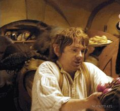 """Bilbo (gif) Martin Freeman has the best expressions! Another pinner: """"tomatoes were his first precious"""""""