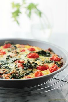 Hashbrowns, Spinach and Tomato Pie -  Super easy and the perfect addition to your Easter Brunch Menu!