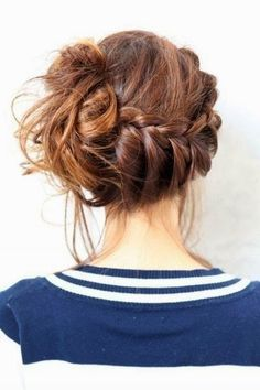 oktoberfest hairsyle-messy braid | Inspiration for raredirndl.com