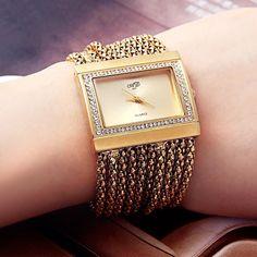 New Classic Fashion Quartz Women s Gold Diamond Case Alloy Band Bracelet Watch Fiance Birthday Gift, Modern Watches, Gold Accessories, Classic Style, Classic Fashion, Gold Watch, Bracelet Watch, Jewelry Watches, Quartz