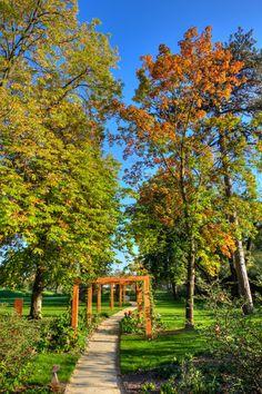 Sassoitalia® Ideal Work: un effetto naturale che consente un'armoniosa integrazione con il paesaggio. #landscape #casedasogno #landscapedesign #villa