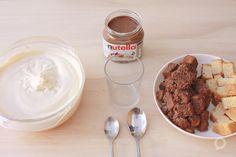 Ingredientes para preparar tiramisú de nutella. Mezcla, bizcocho y nutella. Receta en el blog.