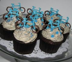 bicycle cupcakes  http://smileyssweetsandcreations.blogspot.com