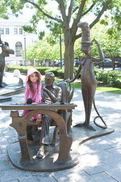 Dr_Seuss_Sculpture_Garden2