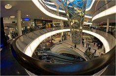SHOPLIFTER shopping centre, Myzeil, Frankfurt: 2009 archs: Massimiliano Fuksas public interior view