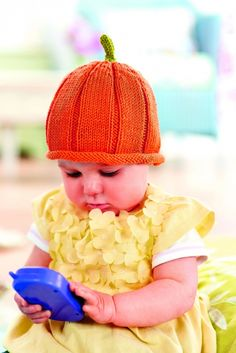 Halloween baby hat and bootees free pattern
