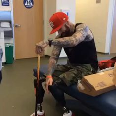 ♿️WHAT'S UR EXCUSE♿️ If you are NOT already following this Gym Hero, MIGUEL CASTELLANOS, you MUST!  Spend a minute  walking in someone else's shoes and see what a #REAL #LION OR #BEAST IS!  Imagine having to learn to walk again...Try spending more time developing an #attitude of #gratitude, rather than flexing in the mirror and posting insecure selfies all day... STOP BEHAVING LIKE A ZERO AND START ACTING LIKE A HERO! His inspirational story what the news should start reporting more on him