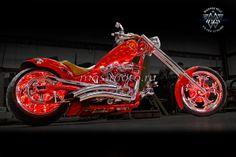Harley-Davidson custom с подсветкой дисков