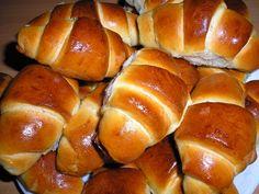 Stokrotnie sprawdzone ciasto drożdżowe, dawno-dawno temu przyjechało z Niemiec i zostało Nutella, Bread, Food, Brot, Essen, Baking, Meals, Breads, Buns