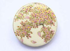 【ご購入済みとなりました】金銀青彩色絵陶器 薩摩ボタン(中) 「桜」#BUTTON