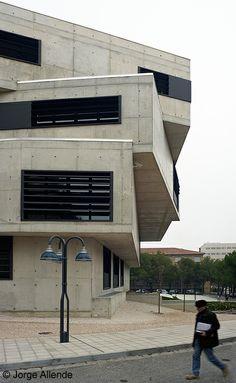Facultad de pedagogía. Universidad de Zaragoza. Arquitectos: Maar arquitectura.