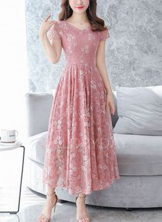 Chiffon floral printed lace maxi dress, with pink or other colors, you will love it, shop now! Source by mcsohni maxi dress Modest Dresses, Simple Dresses, Cute Dresses, Beautiful Dresses, Casual Dresses, Fashion Dresses, Short Sleeve Dresses, Maxi Dresses, Woman Dresses