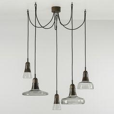 Combo Design is officieel dealer van Brokis ✓ Shadows lampen makkelijk te bestellen ✓ Gratis verzending (NL) ✓ Altijd de beste prijs ✓ Deskundig advies Lighting Design, Chandelier, Ceiling Lights, Interior Design, Home Decor, Glass House, Lighting, Corning Glass, Light Design